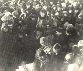 H Emma Goldman στην πολιτική κηδεία του αναρχικού πρίγκηπα Κροπότκιν.