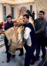 Ο άγιος Διόδωρος καβάλα στο ποίμνιο.
