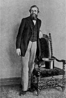 Ο Άλφρεντ Ράσελ Γουάλας (1823-1913) διατύπωσε παρόμοιες ιδέες με εκείνες του Δαρβίνου για την καταγωγή των ειδών. Η διατριβή του Γουάλας παρουσιάστηκε παράλληλα με το έργο του Δαρβίνου στην Linnean Society το 1858. © Βιβλιοθήκη Wellcome Library, Λονδίνο.